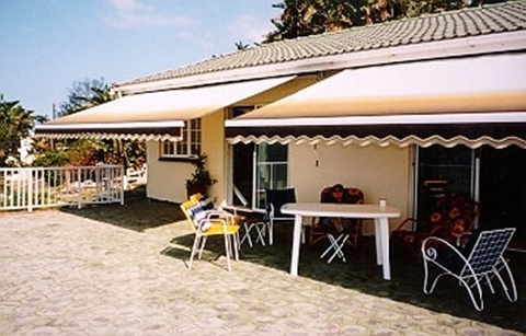 main-display--forenza-retractable-patio-awning-